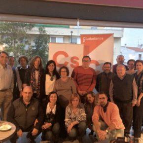 Ciudadanos Albacete acerca el proyecto naranja a los vecinos de La Roda
