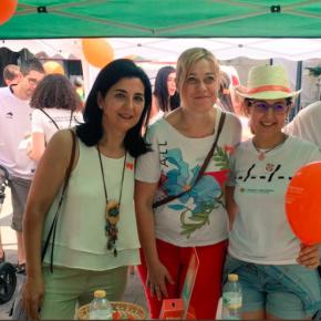 Carmen Picazo y Francis Rubio se han sumado a la donación de médula ósea desde la Plaza del Altozano