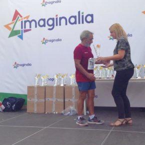 Carmen Picazo participa en la entrega de trofeos de la VIII Carrera Popular Imaginalia a favor de LASSUS