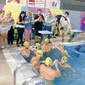 Francis Rubio presente en relevos de natación 'Reto 60K' para dar visibilidad a la enfermedad de la ELA