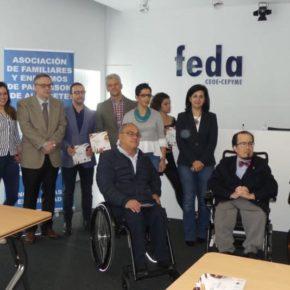 Francis Rubio asiste a la firma del convenio entre FEDA y la Asociación del Párkinson para fomentar la inserción laboral