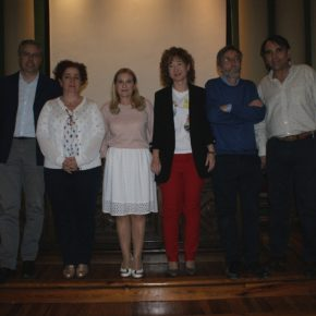 Arturo Gotor asiste a la clausura del programa de la Universidad de la Experiencia