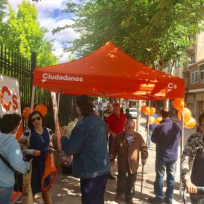 Ciudadanos instala su carpa informativa en La Roda