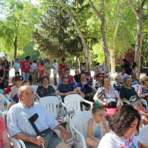 """Carmen Picazo: """"Hoy reconocemos la generosidad, la experiencia y la dedicación de nuestros mayores"""""""