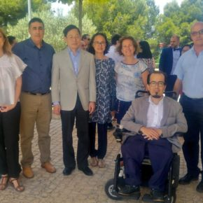 """Carmen Picazo agradece a las familias adoptantes """"su inmensa generosidad"""" y anima a los niños a disfrutar de Albacete"""