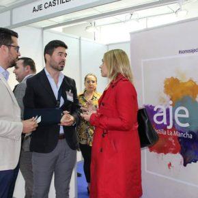Carmen Picazo visita la III Feria de Negocio Internacional IMEX C-LM