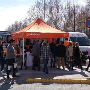 Estupenda acogida de los vecinos de La Roda a la agrupación local de Ciudadanos