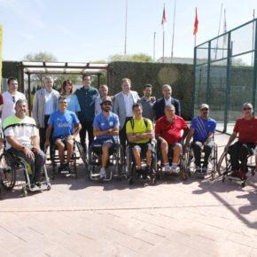 El alcalde agradece al tenista Guillermo García-López que sea un referente para los jóvenes en la entrega de premios del torneo que lleva su nombre