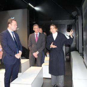 El Paseo de la Feria alberga una exposición sobre el ingenio de Leonardo da Vinci