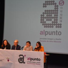 La concejala de Cultura participó en la inauguración de las Jornadas de Imagen y Diseño 'alpunto5'